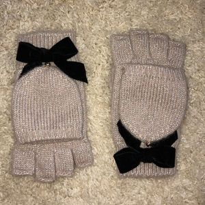 Kate Spade New York new mittens with velvet bow!